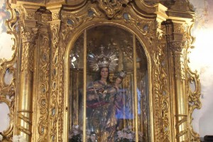 036 38Coro bajo Altar central - Andalucía Film Commission