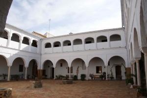 047 48Claustro - Andalucía Film Commission